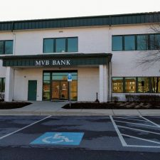 MVB Bank | 651 Foxcroft Ave # 100, Martinsburg, WV 25401, USA