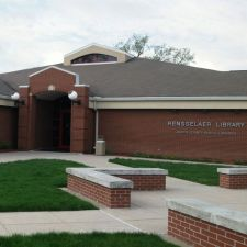Rensselaer Library | 208 W Susan St, Rensselaer, IN 47978, USA