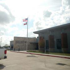 Sam and Carmena Goss Memorial Branch Library | 1 John Hall Drive, Mont Belvieu, TX 77523, USA