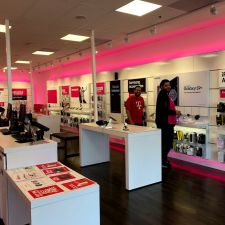 T-Mobile | 461 College Blvd Ste 03, Oceanside, CA 92057, USA