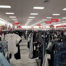 Bealls Outlet | 605 U.S. Highway 17-92 North W, Haines City, FL 33844, USA