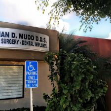 Brian D Mudd D.D.S. Oral Surgery, Dental Implants | 4455, 3909 Waring Rd # D, Oceanside, CA 92056, USA
