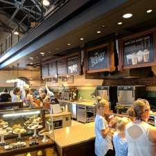 The Trolley Car Café - Starbucks   715 Theatre of the Stars Dr, Lake Buena Vista, FL 32830, USA