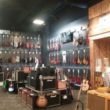 Guitar Center | 2550 Canyon Springs Pkwy Suite A, Riverside, CA 92507, USA