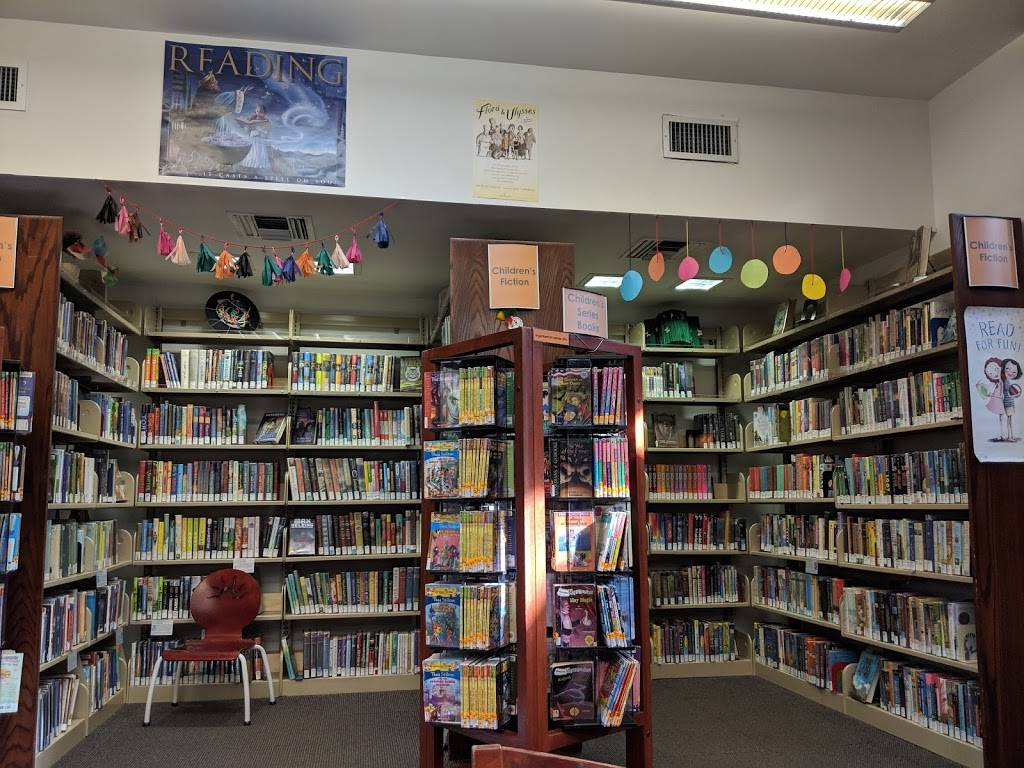 Oakland Public Library: Montclair Branch - library  | Photo 6 of 8 | Address: 1687 Mountain Blvd, Oakland, CA 94611, USA | Phone: (510) 482-7810