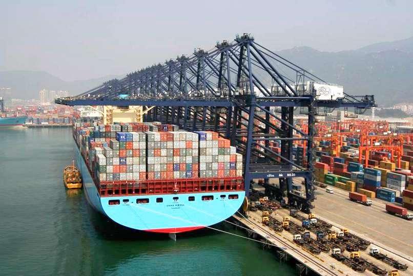A2 Global Shipping - storage    Photo 1 of 10   Address: 31-40 Whitestone Expy #200a, Flushing, NY 11354, USA   Phone: (718) 569-8341