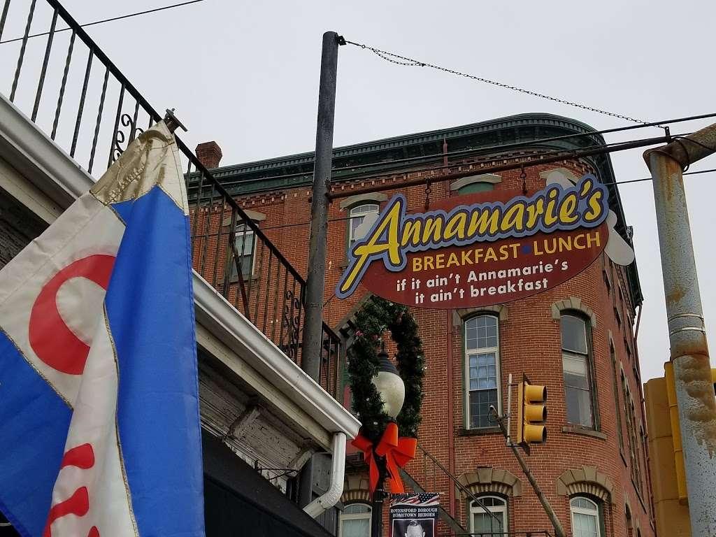 Annamaries Place - restaurant  | Photo 3 of 10 | Address: 347 Main St, Royersford, PA 19468, USA | Phone: (610) 948-0590