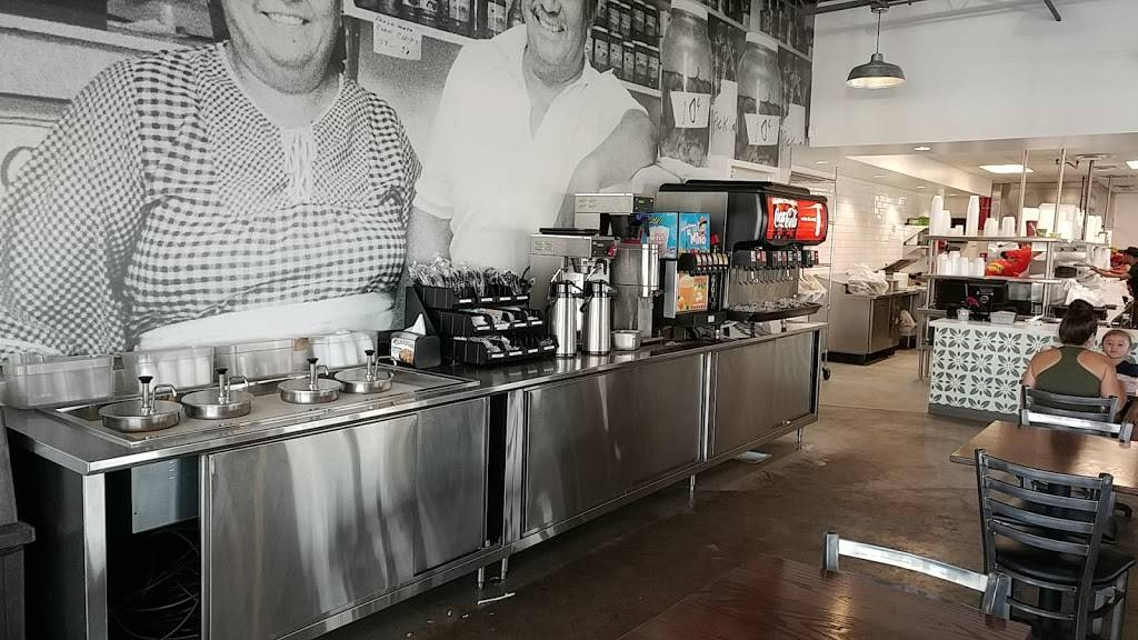 Carolinas Mexican Food - Mesa - restaurant  | Photo 7 of 10 | Address: 1450 S Country Club Dr, Mesa, AZ 85210, USA | Phone: (480) 912-3420