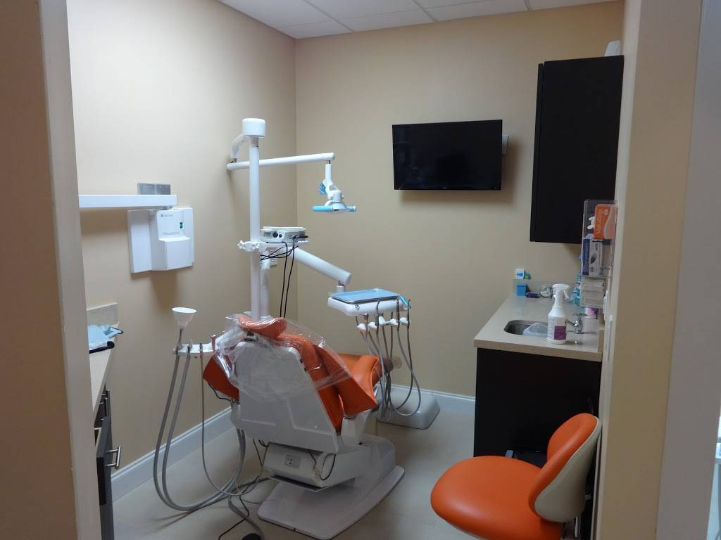 RGD Dental Care - dentist  | Photo 2 of 8 | Address: 11870 Hialeah Gardens Blvd #129a, Hialeah Gardens, FL 33018, USA | Phone: (786) 536-7537