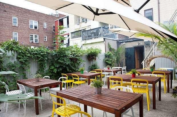 Pizzalinos - restaurant    Photo 7 of 10   Address: 721 Avenue A, Bayonne, NJ 07002, USA   Phone: (201) 455-3032