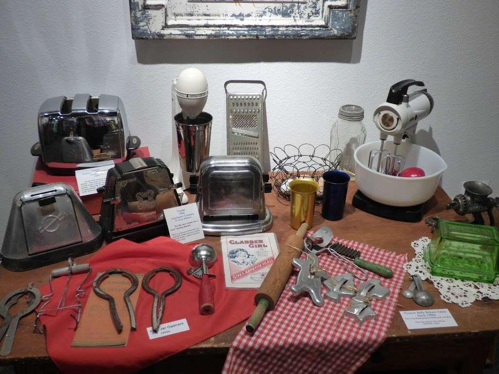 20th Century Technology Museum - museum  | Photo 5 of 10 | Address: 3615 N Richmond Rd, Wharton, TX 77488, USA | Phone: (979) 282-8810