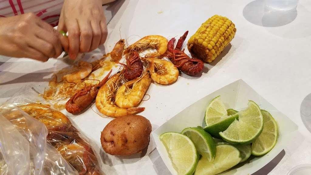 The Kickin Crab - restaurant  | Photo 2 of 10 | Address: 8300 La Palma Ave A6, Buena Park, CA 90620, USA | Phone: (714) 828-8788