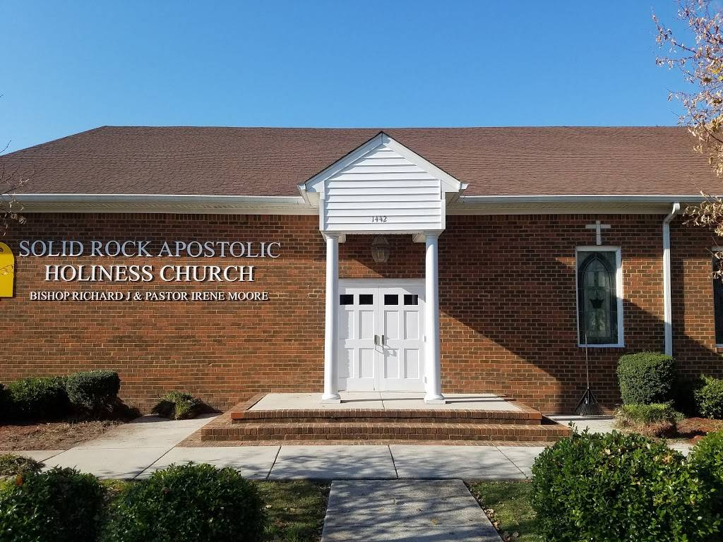 Solid Rock Apostolic Holiness - church  | Photo 2 of 7 | Address: 1442 Commerce Ave, Chesapeake, VA 23324, USA | Phone: (757) 543-0998