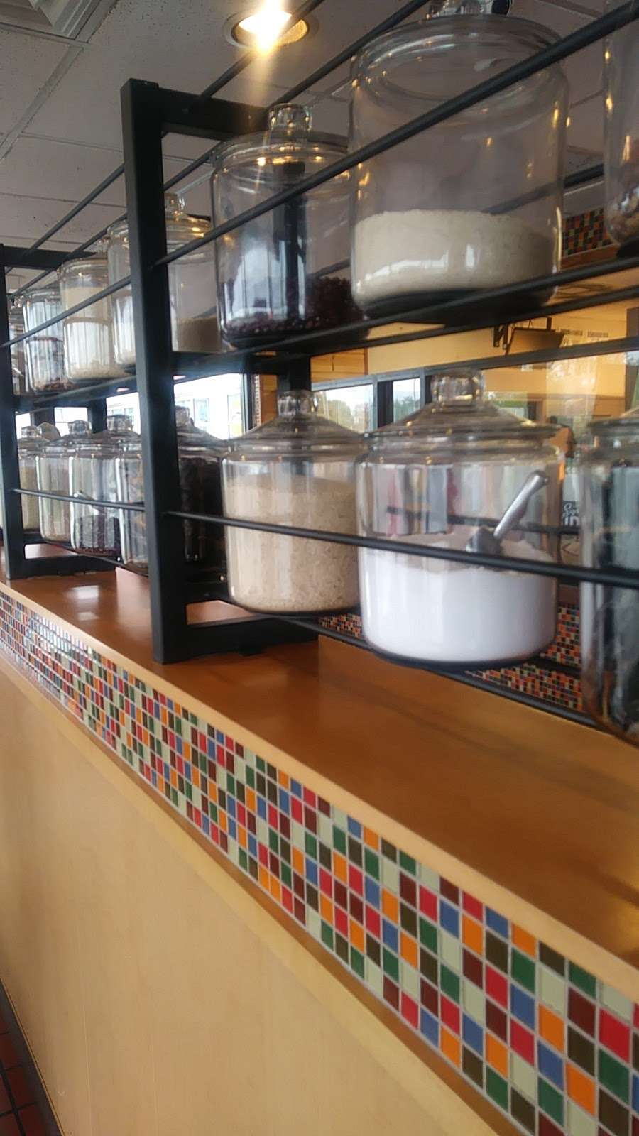 Popeyes Louisiana Kitchen - restaurant  | Photo 10 of 10 | Address: 9516 S Vincennes Ave, Chicago, IL 60643, USA | Phone: (773) 238-7875