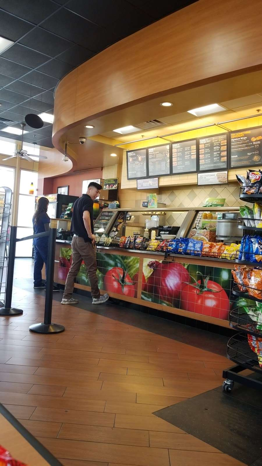 Subway - meal takeaway  | Photo 3 of 10 | Address: 13520 Paxton St Suite A-3, Pacoima, CA 91331, USA | Phone: (818) 899-3900