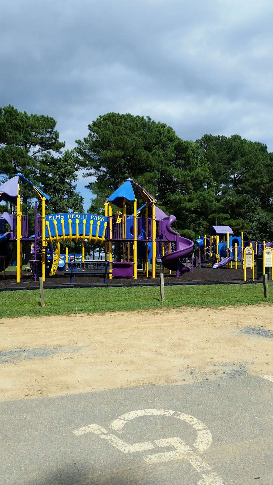 Elms Beach Park - park    Photo 1 of 10   Address: 19350 Back Door Rd, Lexington Park, MD 20653, USA   Phone: (301) 475-4200