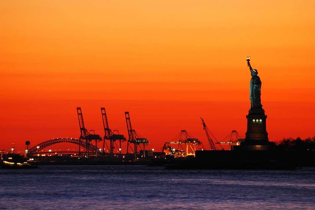 Best Transportation - moving company    Photo 1 of 10   Address: In the Port of NY & NJ, 263 Distribution St, Newark, NJ 07114, USA   Phone: (973) 465-5310