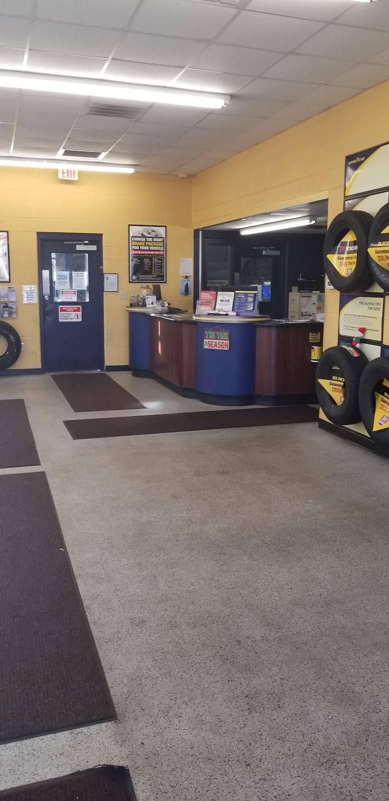 Tire Choice Auto Service Centers - car repair    Photo 3 of 7   Address: 221 Carmichael Way, Chesapeake, VA 23322, USA   Phone: (757) 346-5676