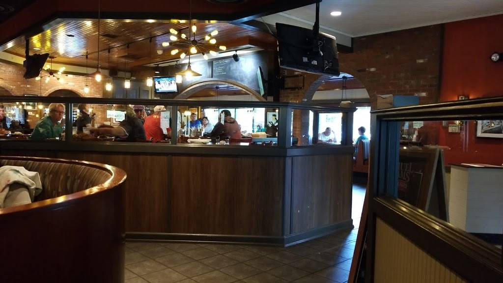 OCharley's Restaurant & Bar - restaurant  | Photo 5 of 9 | Address: 6285 Cleveland Ave, Columbus, OH 43231, USA | Phone: (614) 895-7324