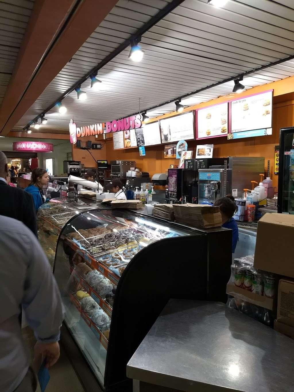 Dunkin Donuts - cafe  | Photo 6 of 10 | Address: LaGuardia Rd, Flushing, NY 11371, USA