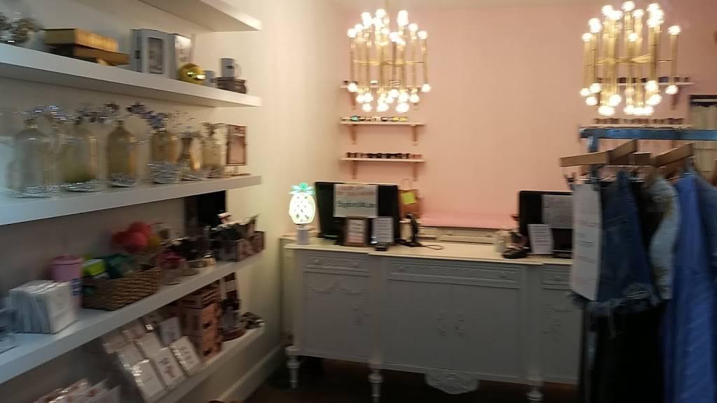 Love Lola - clothing store  | Photo 1 of 9 | Address: 1649 Westcliff Dr, Newport Beach, CA 92660, USA | Phone: (949) 873-5151