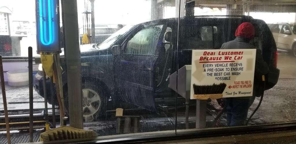 USA CAR WASH - Car Wash - Car detailing - Oil Change - Tire Repa - car wash  | Photo 9 of 10 | Address: 212-12 Jamaica Ave, Queens Village, NY 11428, USA | Phone: (718) 465-4551