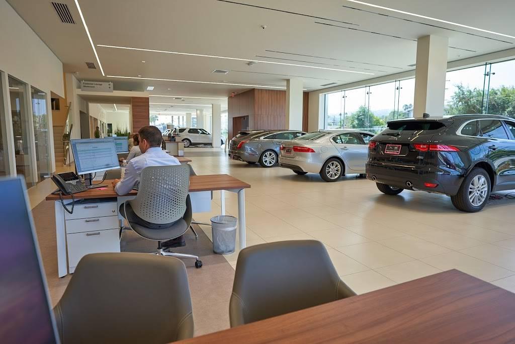Jaguar South Bay - car dealer    Photo 8 of 10   Address: 3233 Pacific Coast Hwy, Torrance, CA 90505, USA   Phone: (310) 469-7171