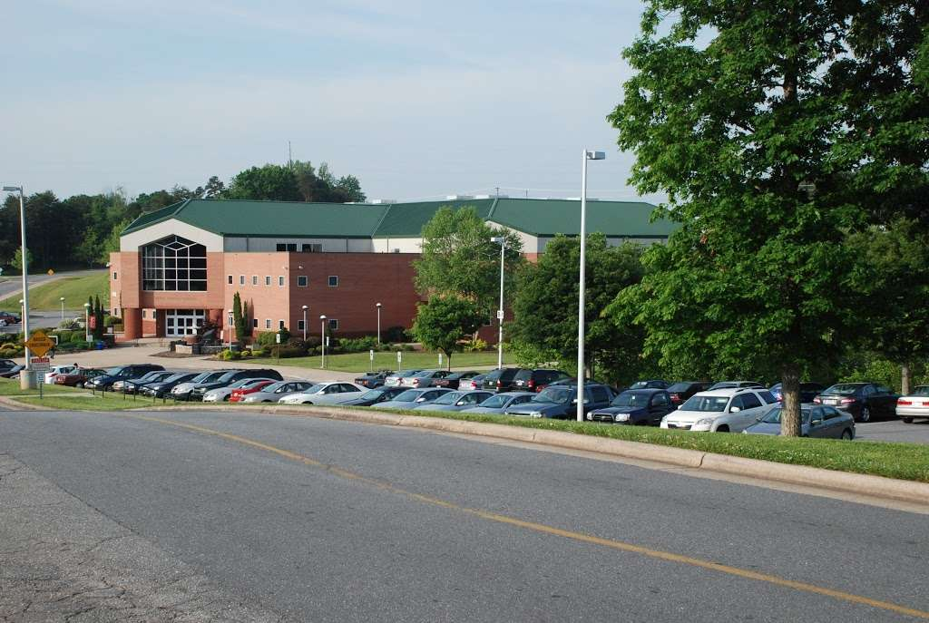 Catawba Valley Community College - university  | Photo 3 of 8 | Address: 2550 US Hwy 70 SE, Hickory, NC 28602, USA | Phone: (828) 327-7000