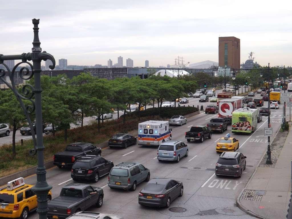 12 Av & W 33 St - bus station  | Photo 1 of 5 | Address: New York, NY 10001, USA