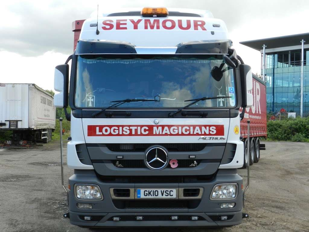 Seymour Transport Ltd - moving company  | Photo 4 of 10 | Address: Westmead, Aylesford, ME20, Larkfield ME20 6XJ, UK | Phone: 01622 790990