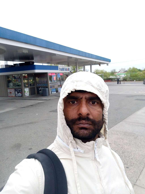 Mobil - gas station  | Photo 4 of 4 | Address: 154-02 Horace Harding Expy, Flushing, NY 11367, USA | Phone: (718) 939-8337