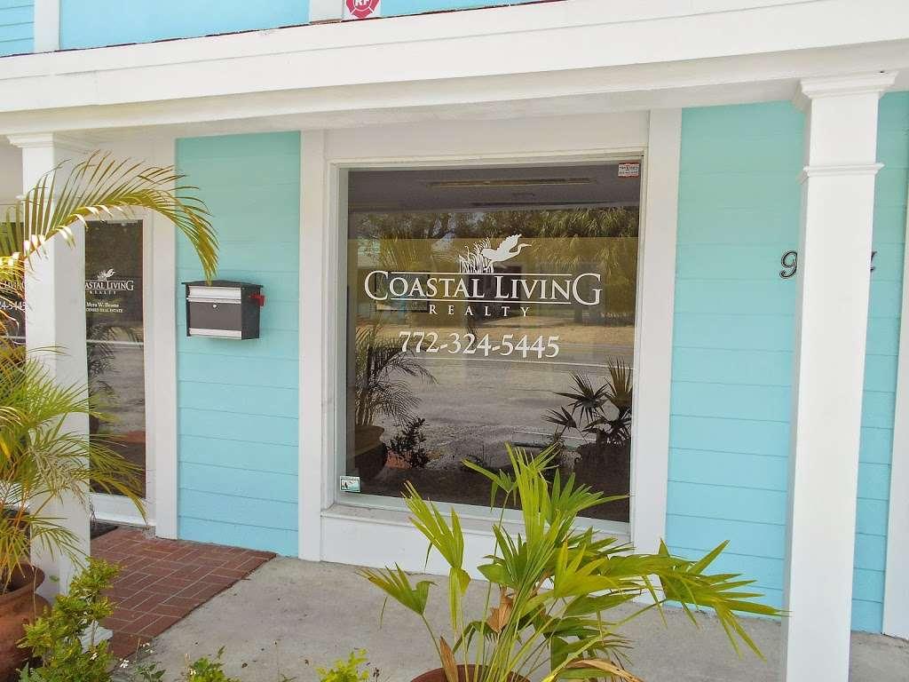 Coastal Living Realty - real estate agency  | Photo 9 of 9 | Address: 9044 SE Bridge Rd, Hobe Sound, FL 33455, USA | Phone: (772) 324-5445