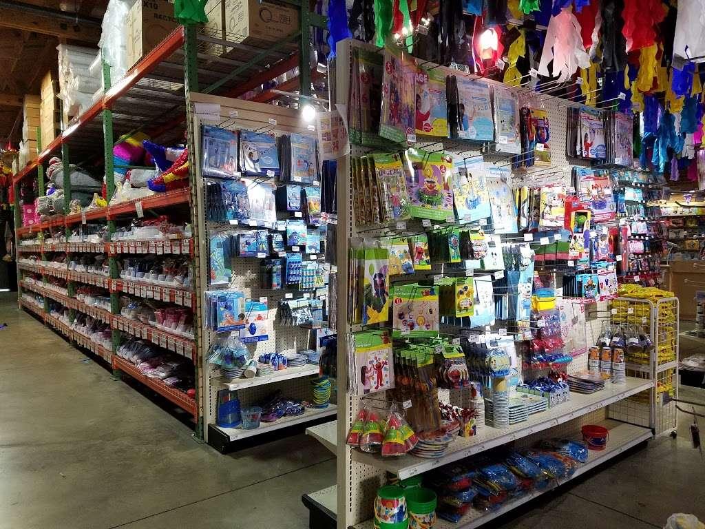 Pinata District - Store   1238 E Olympic Blvd, Los Angeles, CA 90021