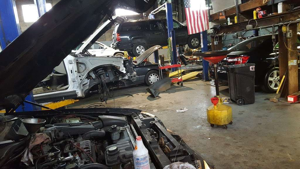 Jose Ordonez Auto Repair and Body Shop - car repair  | Photo 5 of 10 | Address: 88-43 76th Ave, Glendale, NY 11385, USA | Phone: (718) 896-0900
