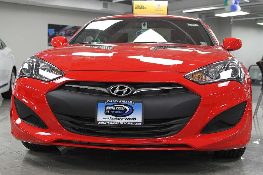 South Shore Hyundai - car dealer    Photo 3 of 9   Address: 360 West Sunrise Hwy, Valley Stream, NY 11581, USA   Phone: (516) 561-8770