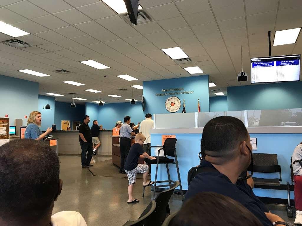 DMV - local government office  | Photo 6 of 10 | Address: 8185 Lee Vista Blvd, Orlando, FL 32829, USA | Phone: (407) 845-6200