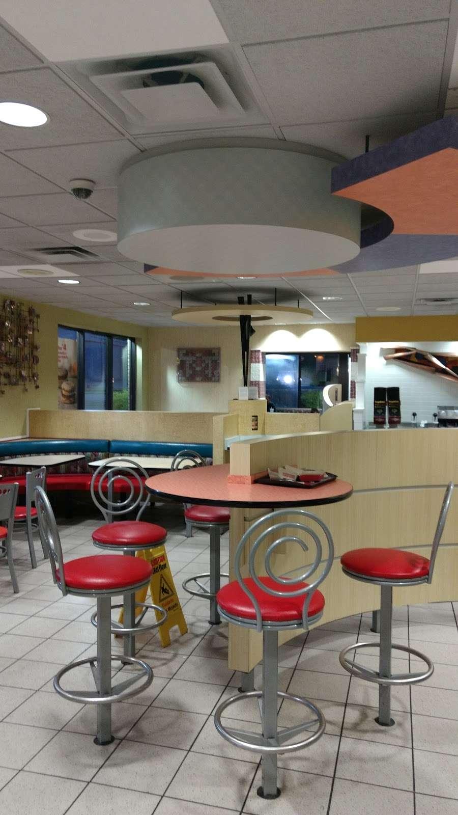 McDonalds - cafe  | Photo 3 of 10 | Address: 1187 Texas Palmyra Hwy, Honesdale, PA 18431, USA | Phone: (570) 253-5512