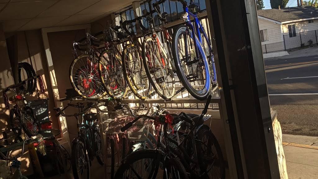 Long Beach Bike Shop - bicycle store    Photo 4 of 10   Address: 1701 Pacific Coast Hwy, Long Beach, CA 90806, USA   Phone: (562) 436-7447
