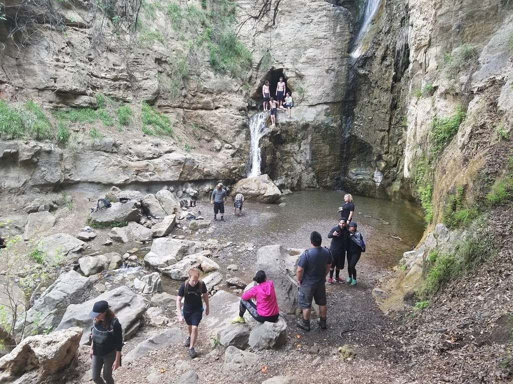 Black Star Canyon Falls - park    Photo 7 of 10   Address: 10499, 10967 Black Star Canyon Rd, Silverado, CA 92676, USA