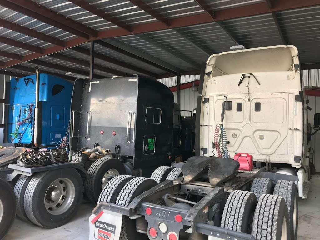 Big Truckin Diesel - car repair  | Photo 1 of 5 | Address: 12934 Green River Dr, Houston, TX 77044, USA | Phone: (832) 860-2183