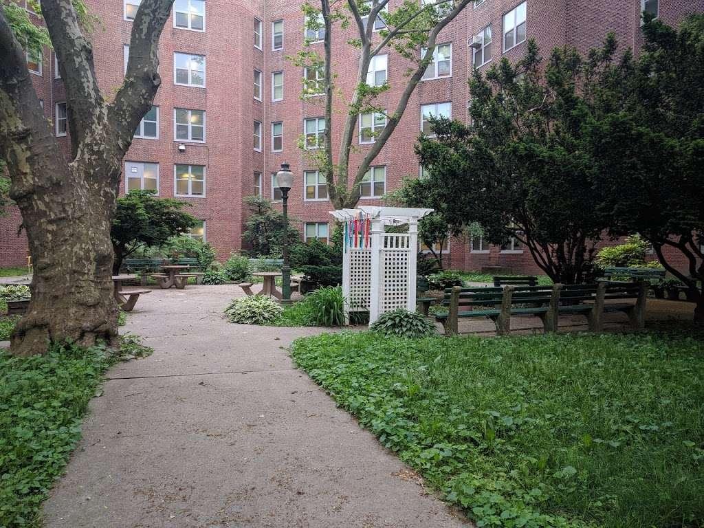 NYC Health + Hospitals/Coler - health  | Photo 3 of 10 | Address: 900 Main St, Roosevelt Island, NY 10044, USA | Phone: (646) 694-6680