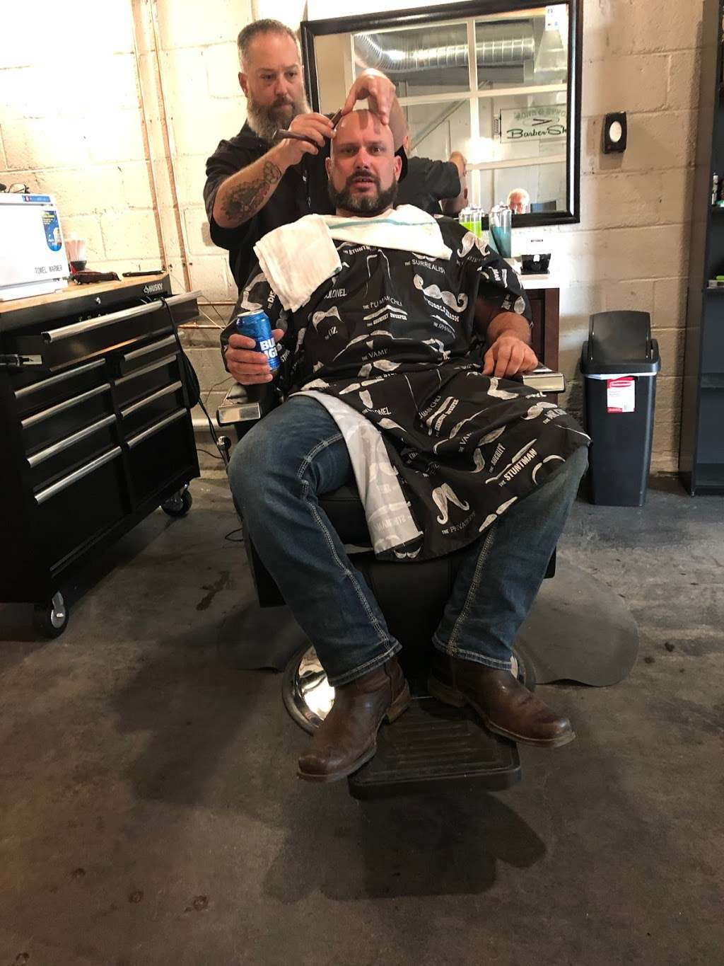 Hone and Strop Barbershop - hair care  | Photo 4 of 10 | Address: The Fuel House, 611 W 2nd St, Bonner Springs, KS 66012, USA | Phone: (785) 615-1023