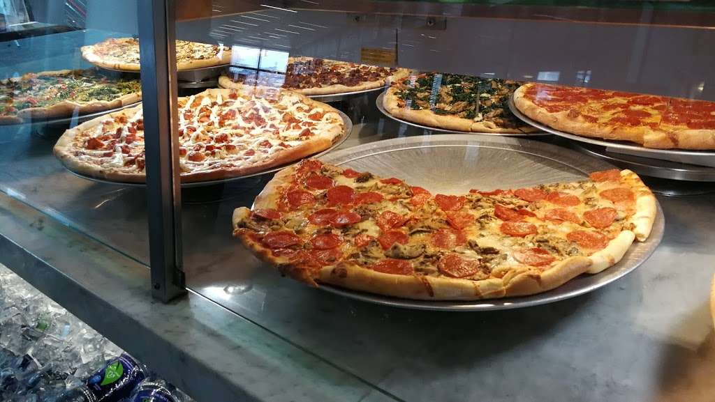 Pizza Plus - restaurant  | Photo 9 of 10 | Address: 4 South St, New York, NY 10004, USA | Phone: (212) 943-1800