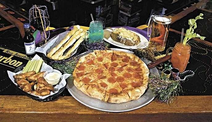 Mardi Gras Pizza & Pub - restaurant  | Photo 1 of 10 | Address: 732 Main St, Lapel, IN 46051, USA | Phone: (765) 534-3388