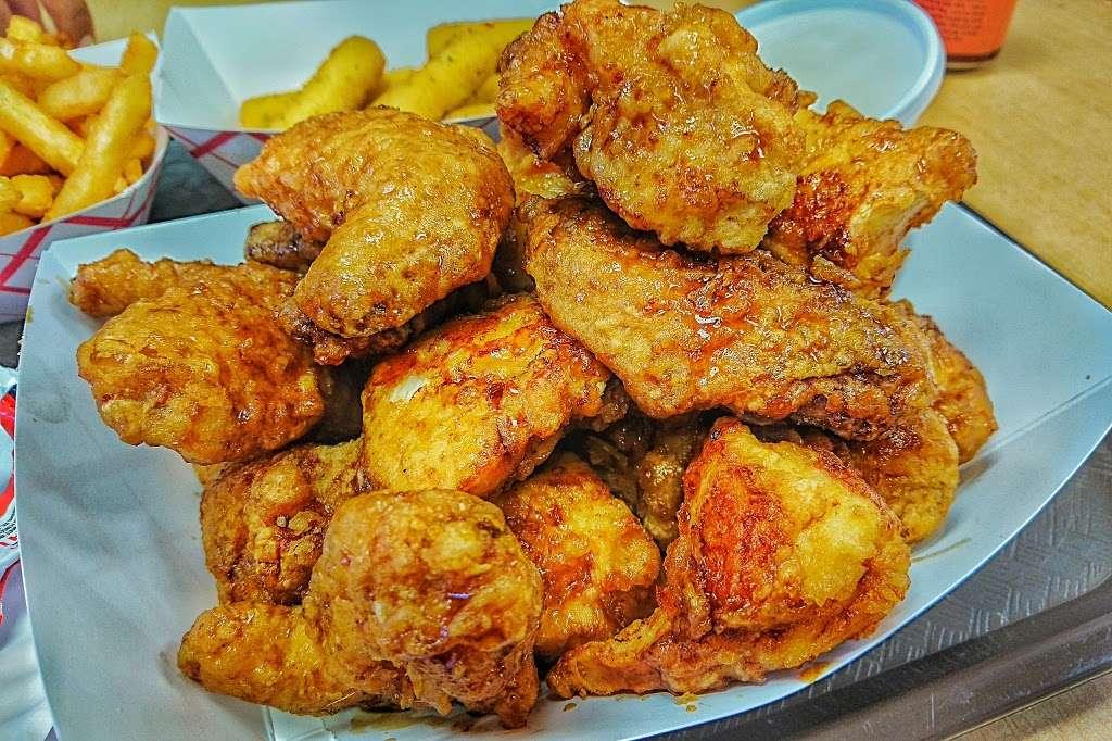 Boom Boom Chicken - restaurant  | Photo 2 of 10 | Address: 36 Park Ave, Rutherford, NJ 07070, USA | Phone: (201) 438-1124