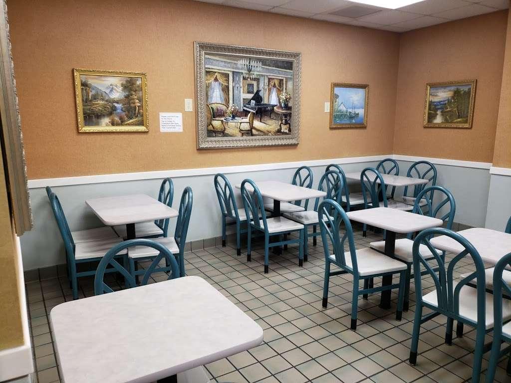 McDonalds - cafe  | Photo 3 of 10 | Address: 5010 US-90 ALT, Sugar Land, TX 77479, USA | Phone: (281) 494-0503