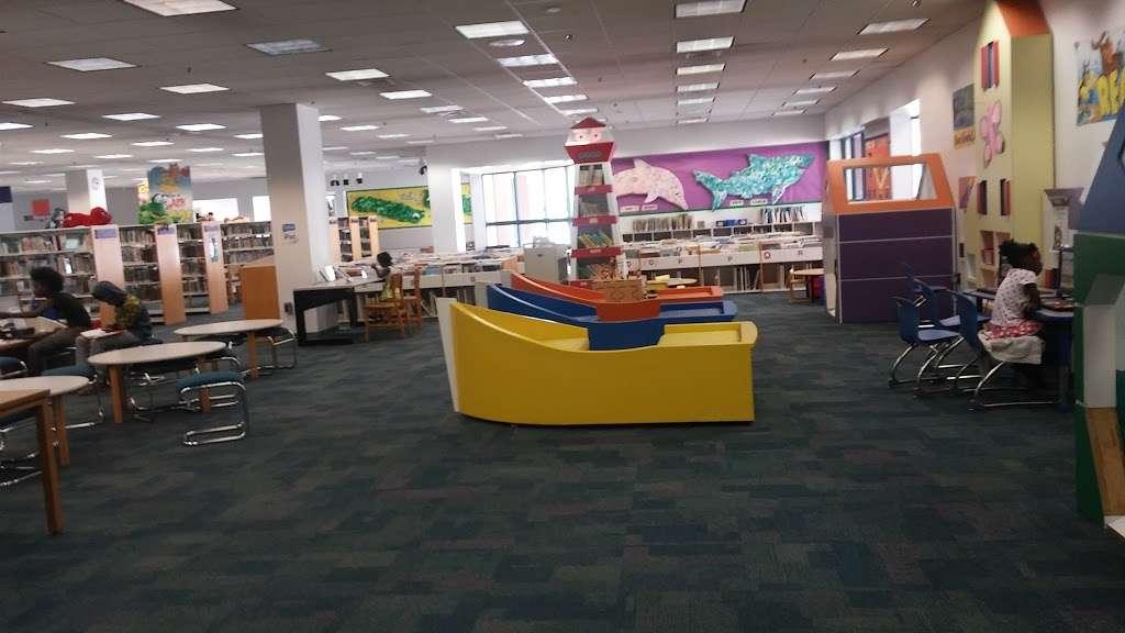 North Regional/Broward College Library - library  | Photo 5 of 10 | Address: 1100 Coconut Creek Blvd, Coconut Creek, FL 33066, USA | Phone: (954) 201-2600
