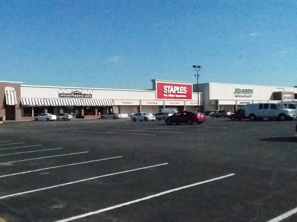 Staples - electronics store    Photo 9 of 9   Address: 11700 Preston Rd STE 720 Suite 720, Dallas, TX 75230, USA   Phone: (214) 696-0675