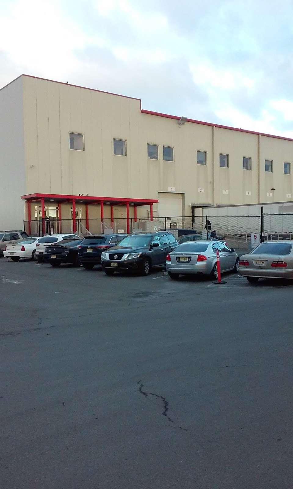Wakefern Food Corporation - store    Photo 5 of 10   Address: 51 Euclid Ave, Newark, NJ 07105, USA   Phone: (973) 589-3960