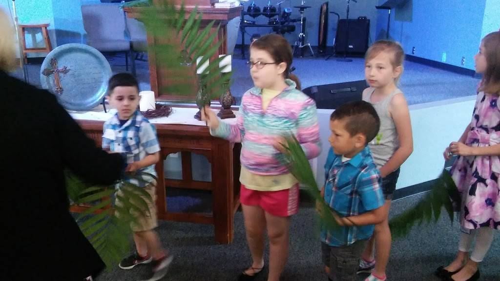 Cedar View General Baptist Church - church  | Photo 8 of 9 | Address: 3716 Ruth Dr, Granite City, IL 62040, USA | Phone: (618) 931-5330